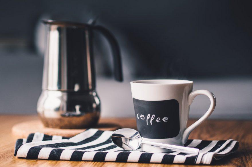 Tejjel iszod a reggeli kávéd? Felejtsd el!